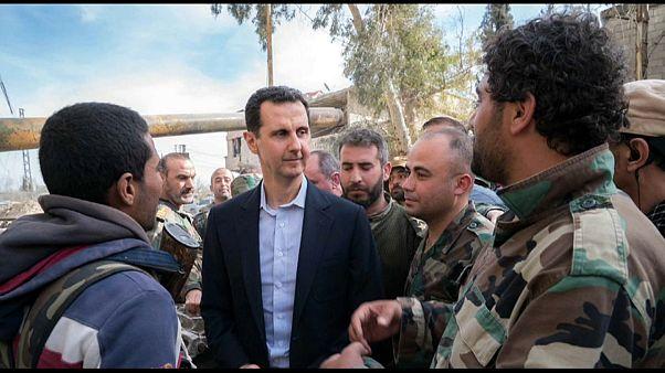 بالفيديو:  الأسد يزور مواقع الجيش في الغوطة ويقول إن قواته تخوض معركة من أجل العالم