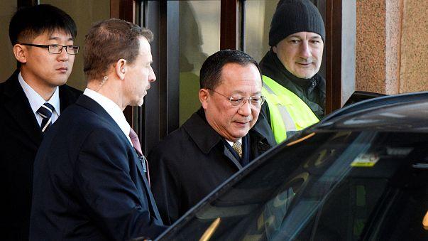 Nem hivatalos tárgyalásokat folytat Washington és Phenjan