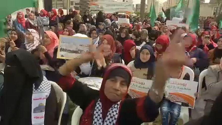 Szolidaritási tüntetés Libanonban