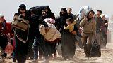 هزاران غیرنظامی خانههای خود در مناطق تحت کنترل شورشیان در غوطه شرقی را ترک کردند