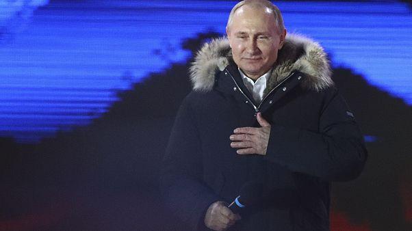 Πούτιν: Επανεκλέγεται πρόεδρος με πάνω από 75%