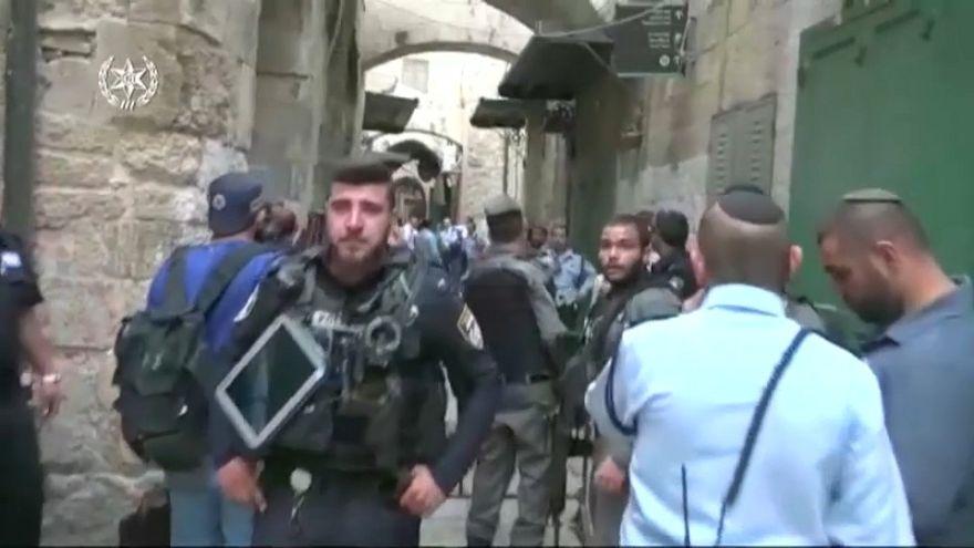 An Israeli has been stabbed in Jerusalem