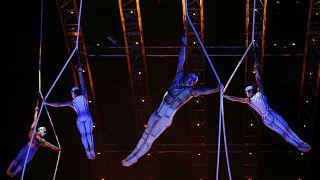 Cirque du Soleil acrobat dies after mid-performance fall