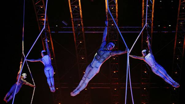 Cirque du Soleil acrobat dies after mid-performance fall