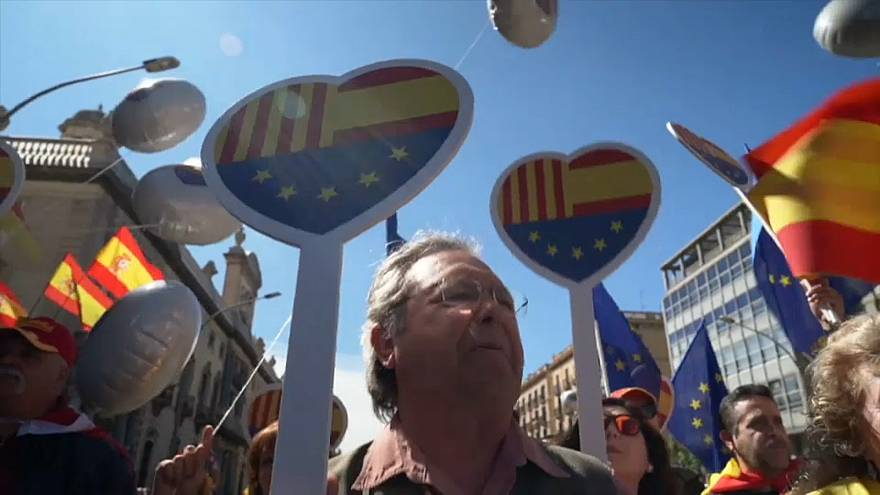 Catalogna: gli unionisti di nuovo in piazza per un nuovo governo