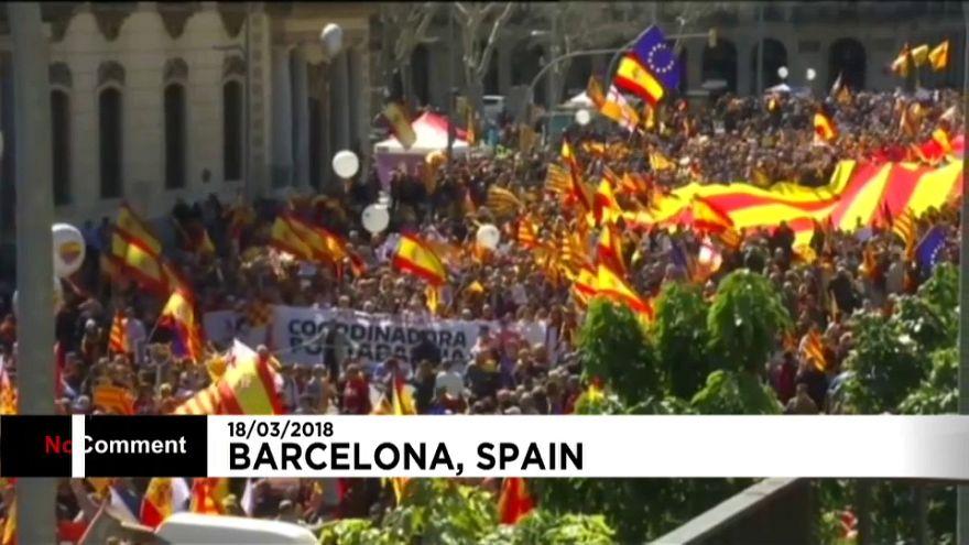 Barcellona: migliaia di persone alla manifestazione pro-unità