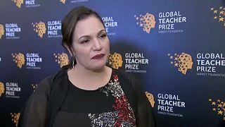 Hátrányos helyzetű gyerekeket oktat a világ legjobb tanára