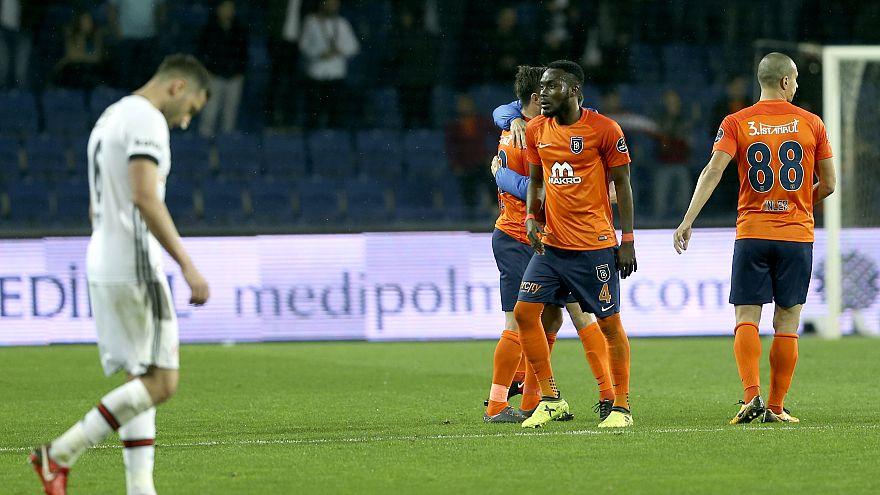 Süper Lig'in zirvesinde haftanın kazananı Başakşehir oldu