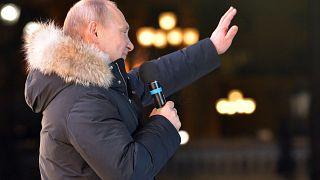 Vladimir Poutine fait le plein des voix