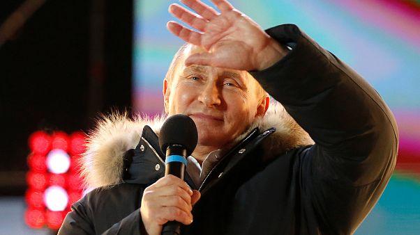 Russia election: Putin wins a landslide