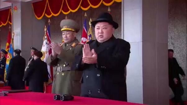 Észak-Korea nukleáris leszerelést ígér