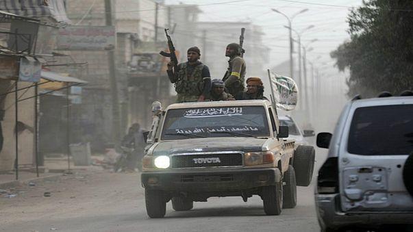 عمليات نهب  في مدينة عفرين السورية