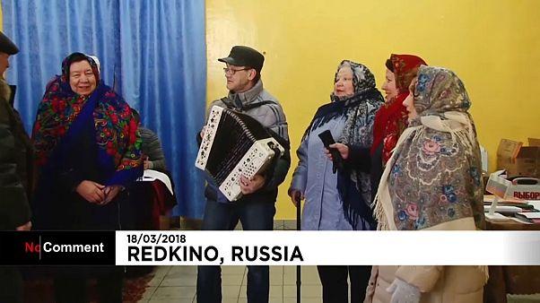 La présidentielle russe en chantant