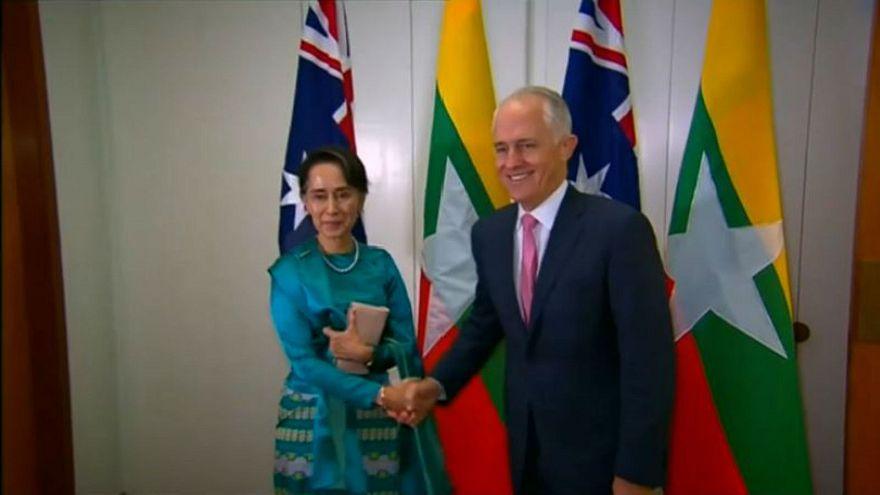 Turnbull to talk human rights with Aung San Suu Kyi