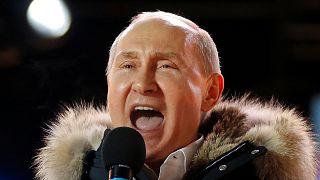 Κυρίαρχος Πούτιν με μεγαλύτερη συμμετοχή