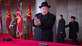 "Kim Jong-un mantém ""compromisso"" com desnuclearização"