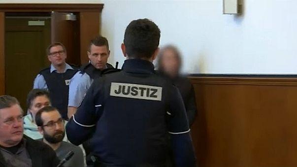 Anschlag auf BVB-Bus: Ex-Trainer und Spieler sagen im Prozess aus