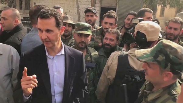 La triunfalista visita de al Asad a sus tropas en Guta Oriental