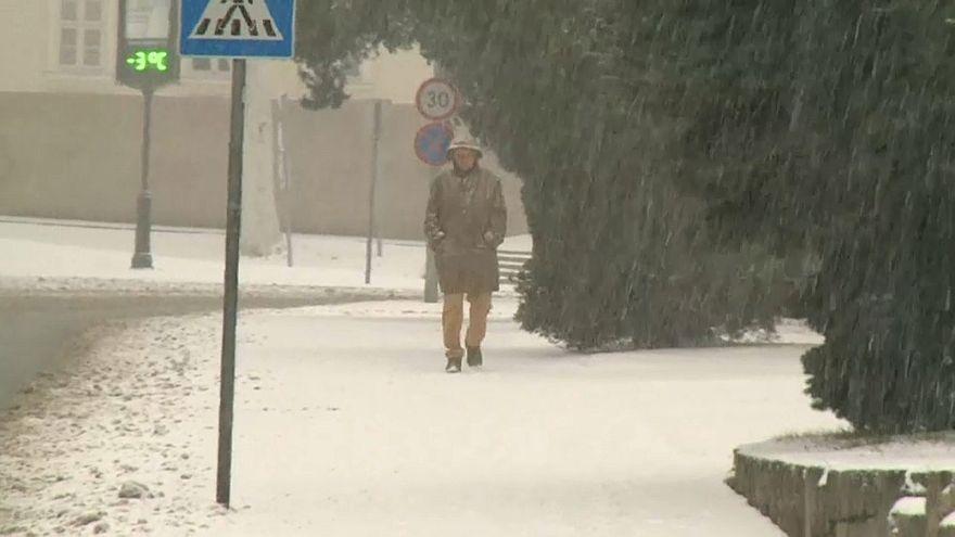 L'Europa sferzata da gelo e pioggia