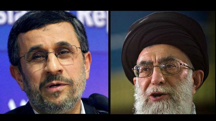 المرشد الأعلى للإيران علي خامنئي (يمين) والرئيس السابق أحمدي نجاد