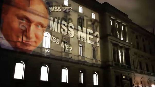 Video showing Putin projected onto UK Foreign Office is a fake, government says