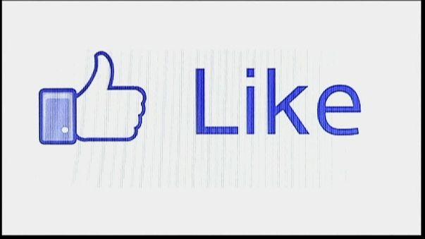 Un scandale fait chuter Facebook : l'affaire Cambridge Analytica
