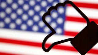 El escándalo de la filtración masiva de datos pasa factura a Facebook