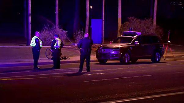 Halálra gázolt egy nőt az Uber önvezető autója