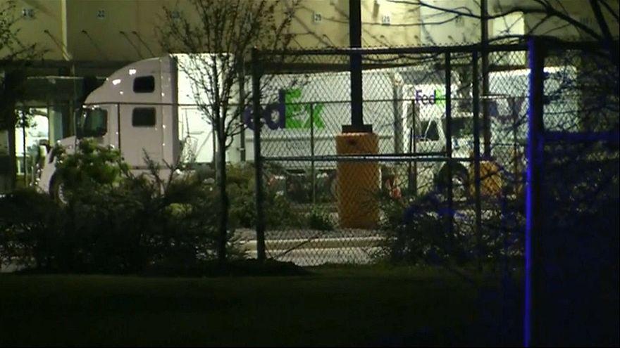 Texas blasts: New explosion hits FedEx depot