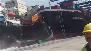Two container ships collide at Pakistani port
