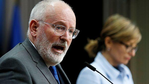 تعیین ضربالاجل کمیسیون اتحادیه اروپا علیه لهستان