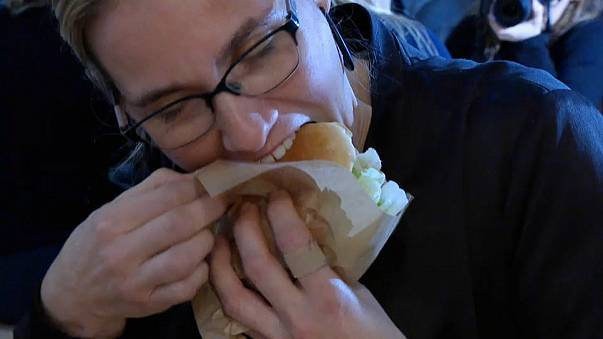 Not-so-sacre beurre as burger topples ham sandwich as France's fave fast food
