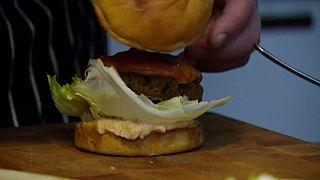 Tarol a burger Franciaországban
