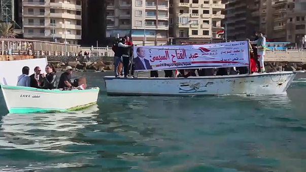 فيديو: شوارع مصر تكتسي بلافتات لتأييد عبد الفتاح السيسي