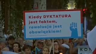 Poland under pressure to explain controversial court reforms
