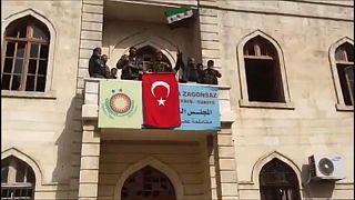 Afrin, Erdogan attacca gli Usa e promette di restare a lungo in Siria