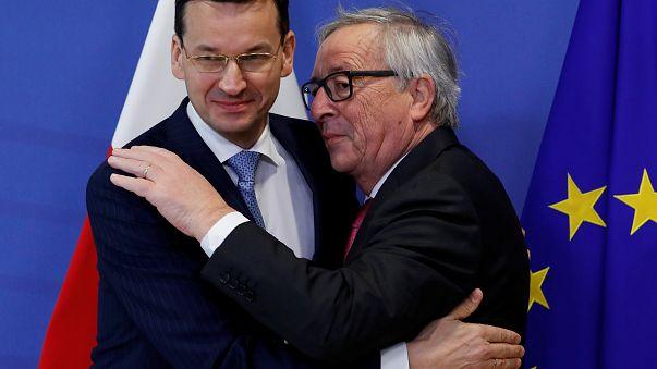 Primeiro-ministro da Polónia com o Presidente da Comissão Europeia