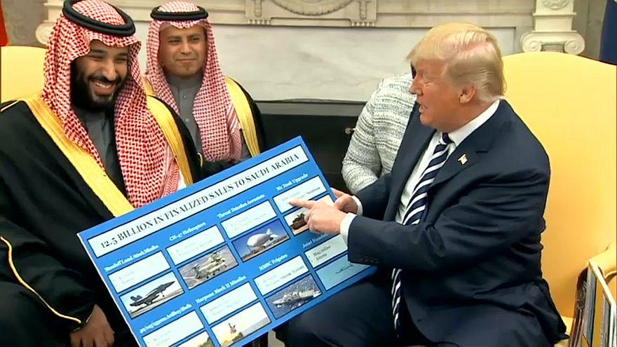 ترامب يستعرض أسعار الأسلحة التي تستوردها السعودية من الولايات المتحدة