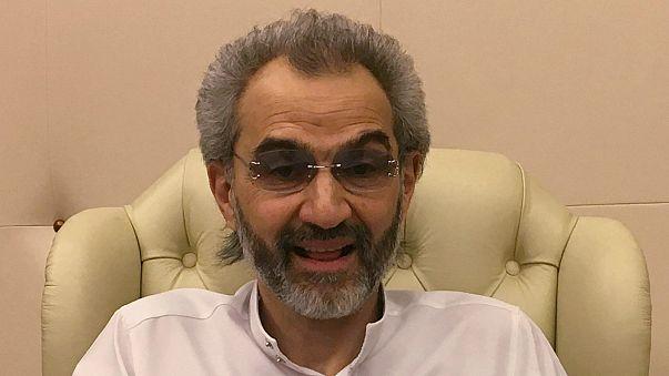 الوليد بن طلال يكشف النقاب عن صفقة إطلاق سراحه من فندق الريتز