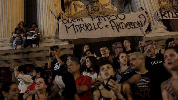 """Gritos de """"justiça"""" por Marielle Franco e um novo assassinato"""
