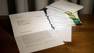 Lettera di Ratzinger modificata: si dimette il capo della comunicazione Viganò