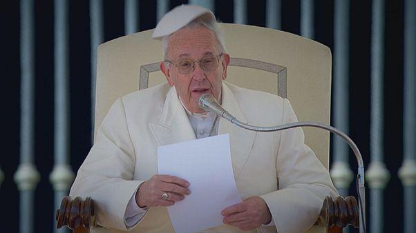 Papa'dan Hristiyanlara Hristiyanca yaşam dileği