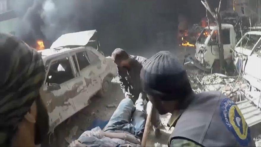 آثار الضربات الجوية والمعارك في مدينة دوما بالغوطة الشرقية