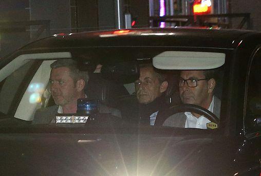 Sarkozy unter Justizkontrolle: Ermittlungen eingeleitet
