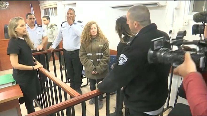 Giovane attivista palestinese condanna a 8 mesi di carcere