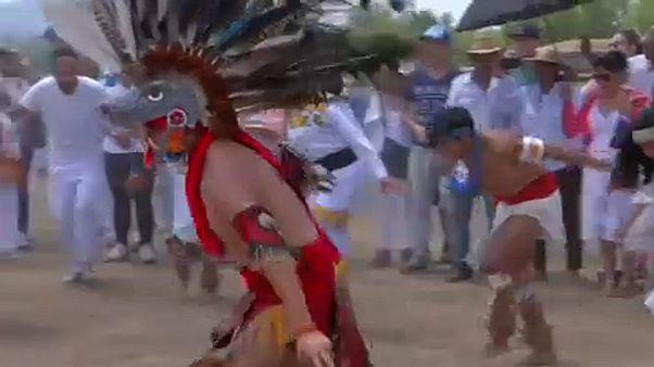 Napüdvözlés a Teotihuacan piramison