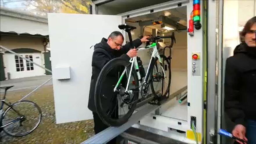 Röntgennel ellenőrzik a versenykerékpárokat