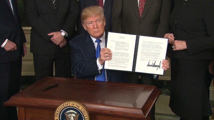 Usa: Trump impone tariffe e dazi contro la Cina per 60 miliardi