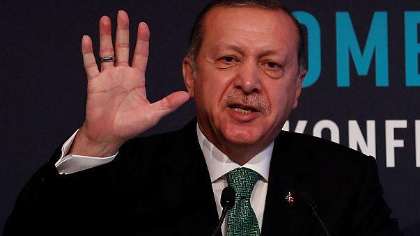 الرئيس التركي رجب طيب إردوغان يتحدث في أنقرة 9 آذار 2018
