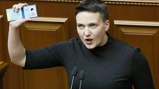 Deputada e heroína detida no parlamento por conspiração terrorista